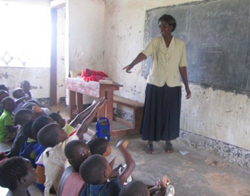 Malawi teacher addresses her students