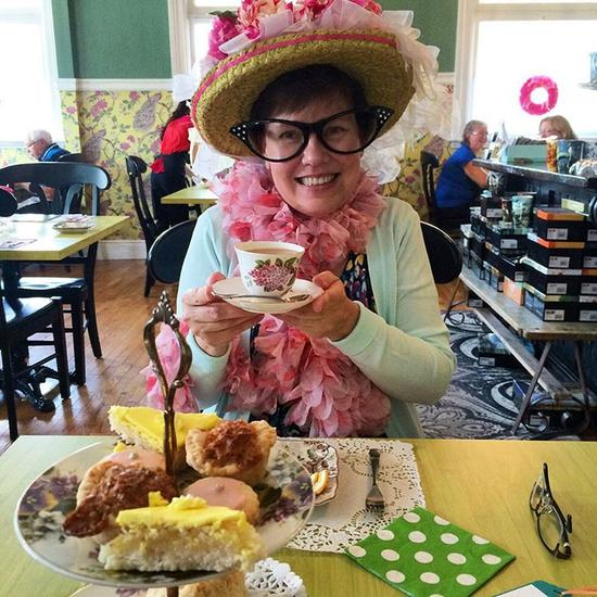 2015-08-28 - Donning the birthday bonnet at high tea