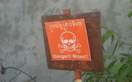Obama Admin Slip-Up Puts Weight on Landmine Issue