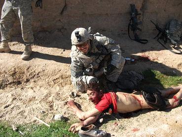 Guantanamo, Irak, Afghanistan... démocrature occidentale - Page 3 2774020_370