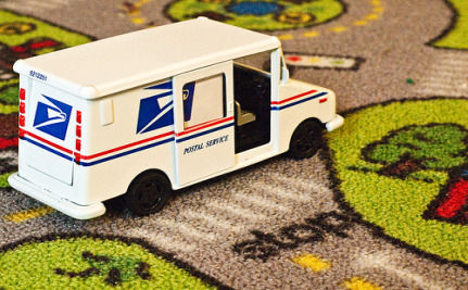 Postal Service Could Slash Carbon Footprint By Cutting Saturday Delivery