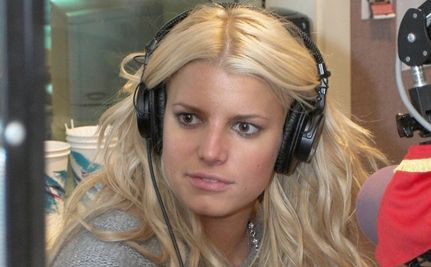 Jessica Simpson: Refreshingly Unretouched