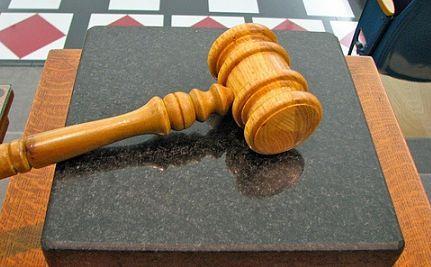 Chief Justice Roberts Calls On Congress to Confirm Judicial Nominees
