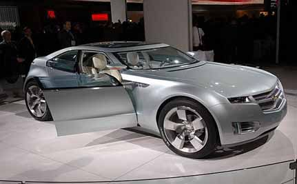 Electric Car Gaining Favor Among Automakers and Consumers