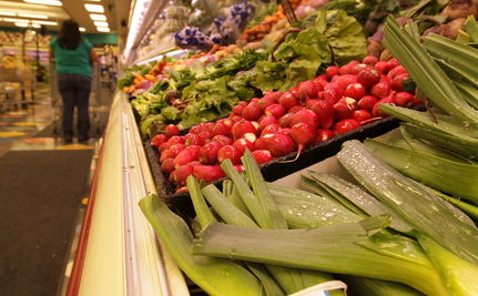 Wal-Mart Plans to Promote Healthy Food