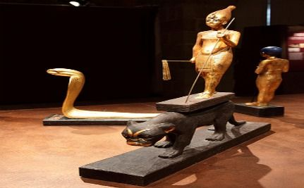 Egyptian Museum Damaged, Statues of Tutankhamun Stolen & Recovered [VIDEO]