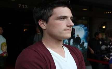 Actor Josh Hutcherson Records Video for Straight, Not Narrow Campaign