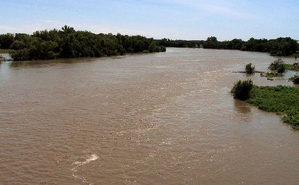 Manitoba Deliberately Floods Over 100 Homes To Avert Worse Destruction