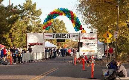 Dozer The Dog Finishes Maryland Half Marathon (Video)