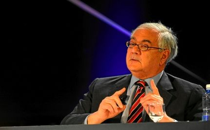 Barney Frank Calls on Obama to Veto A Defense Bill with Anti-Gay Amendments