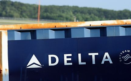 After Pressure, Delta Reverses Fee Policy For Returning Troops