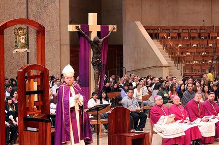 Celibate Gay Men Could Be Church Of England Bishops