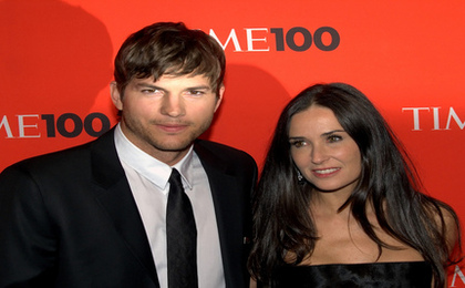 Ashton Kutcher Attempts to Destroy Newspaper For Criticizing Him