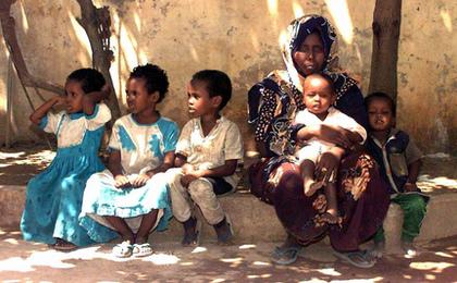 Actress Kristin Davis Breaks Down Over Conditions in Somalia