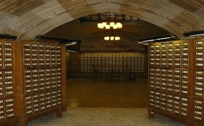 Will Books Vanish From University Libraries?