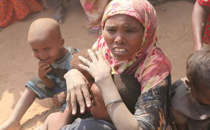 Clinton Announces $17 Million in Aid to Somalia