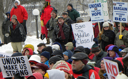 Wisconsin Teachers Retire En Masse In Response to Cuts