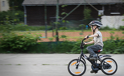 Mom Could Be Jailed For Letting Child Bike To School
