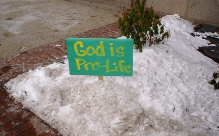 Anti-Choice Protesters Target Middle School Children