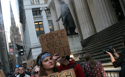 Occupation Of Wall Street Enters Fifth Day [Videos]
