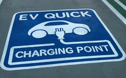 Nissan Gives Away 400 EV Quick Charge Stations In Europe