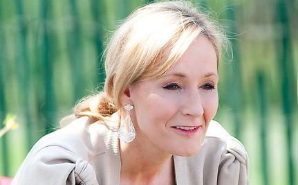 JK Rowling Testifies: Press Put Letter In Her Daughter's Schoolbag