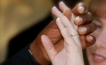 Interracial Couples Not Welcome in Kentucky Church