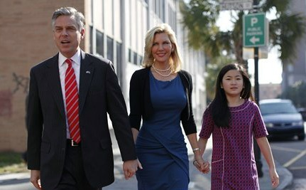 Huntsman to Withdraw, Endorse Romney