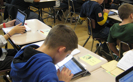 Can Apple Revolutionize the Textbook?