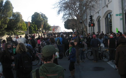Occupy Oakland's Attempt To Reclaim Empty Property Turns Violent