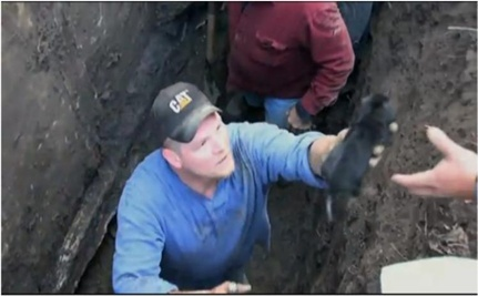Four Week Old Puppy Saved From Underground Pipe (VIDEO)