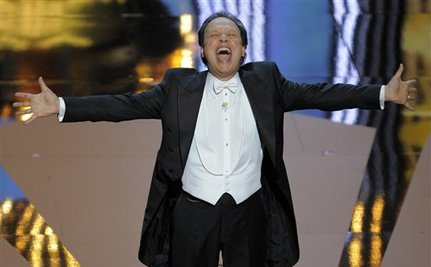 Billy Crystal Wins Best Racist at Oscars 2012