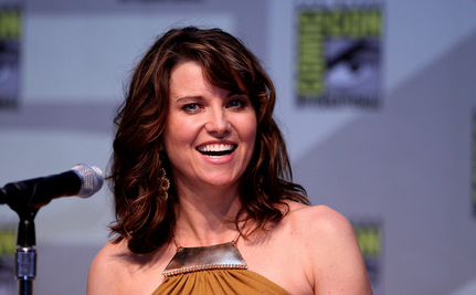 Actress Lucy Lawless Arrested in Oil-Ship Protest