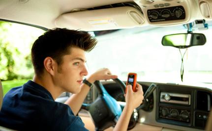 Father Creates App That Turns Off Teens' Phones While Driving
