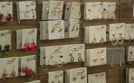 8 Deadly Toxins Found In Your Cheap Jewelry (Video)