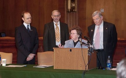Senators Celebrate Mikulski As Longest Serving Woman in Congress