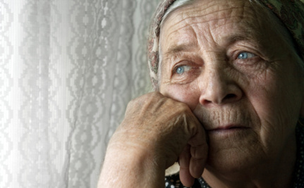 6 in 10 Older Women Can't Pay Basic Living Expenses