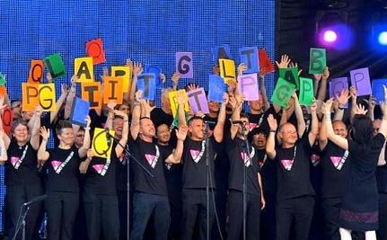 A Choir As Big As The Internet (Video)