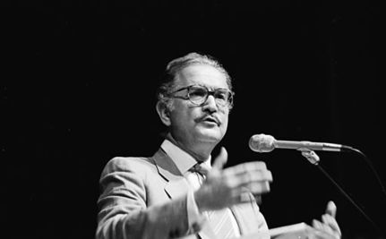 Carlos Fuentes Leaves Behind a Lasting Legacy at Age 83