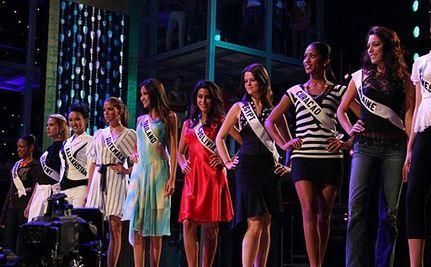 Transgender Pageant Contestant, Jenna Talackova, Wins Miss Congeniality