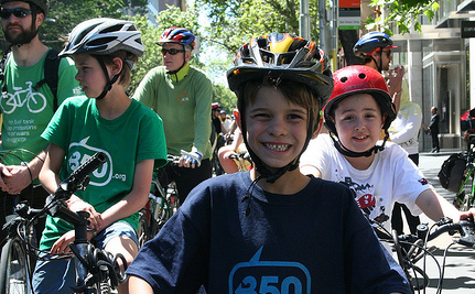 Tell Congress Kids Need Biking and Walking Routes!
