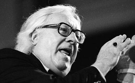 Science Fiction Superstar Ray Bradbury Dies at 91