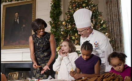 Michelle Obama and Ann Romney Fight For Supremacy In Cookie War