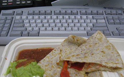 Most Americans No Longer Take a Lunch Break