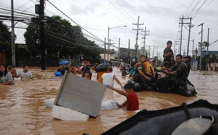 Floods Devastate Manila's Streets