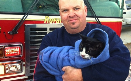 "Cat ""Cried Like a Child"" During Fire: Meet The People Who Saved Her"