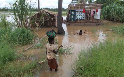 150,000 People Forced to Flee As Devastating Floods Hit Mozambique