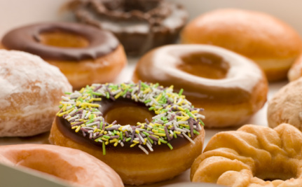 Sweet Snacks And Fast Food Linked To Bowel Cancer