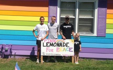 6-Year-Old Sells Lemonade to Spread Love, Becomes Global Event