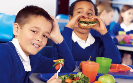 5 Reasons to Give All Kids a Free School Lunch